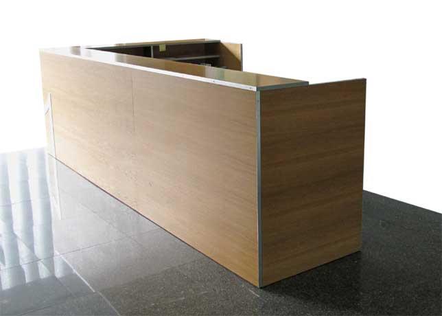 Cayuelas arquitectos mostradores de oficina for Mostradores para oficina